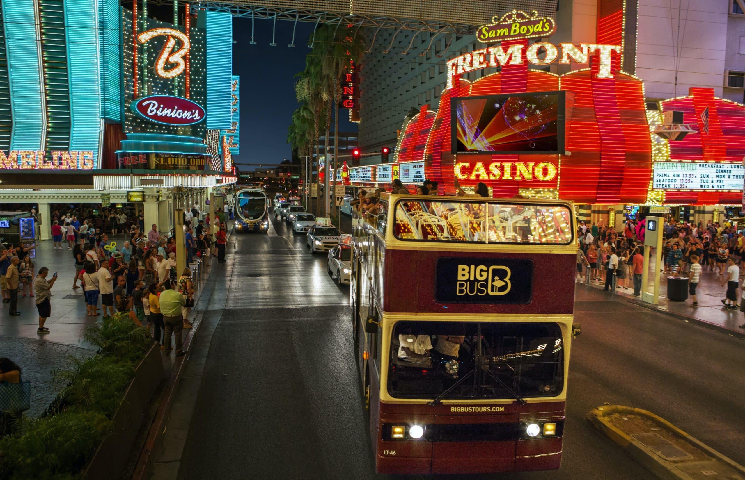 Big Bus Las Vegas Panoramic City Night Tour. Las Vegas Strip tripdo